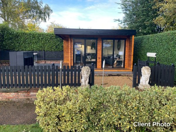 Wooden garden office LISA 44 A | 4.6 x 4.6 m (15'2'' x 15'2'') 44 mm 6